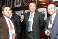 (L to R) Sun Lu from Genecopeia, Dr. Wei Wu He from OriGene, and Dr. Alfred Yung from MD Anderson Cancer Center enjoying the pre-reception cocktail hour