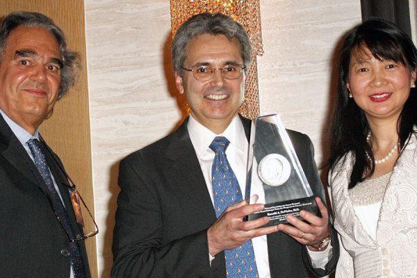 Ronald DePinho, 2009 Szent-Györgyi Prize for Progress in Cancer Research winner